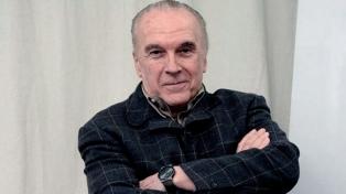 Murió a los 75 años el gran director de teatro Hugo Urquijo