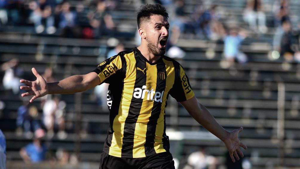 El ex Boca Lucas Viatri se convirtió en el sexto refuerzo de Colón