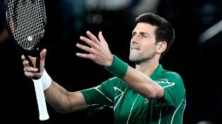 Djokovic superó a Federer y es finalista del Abierto de Australia