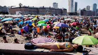 Casi 650 mil turistas visitaron Mar del Plata en la primera quincena de febrero