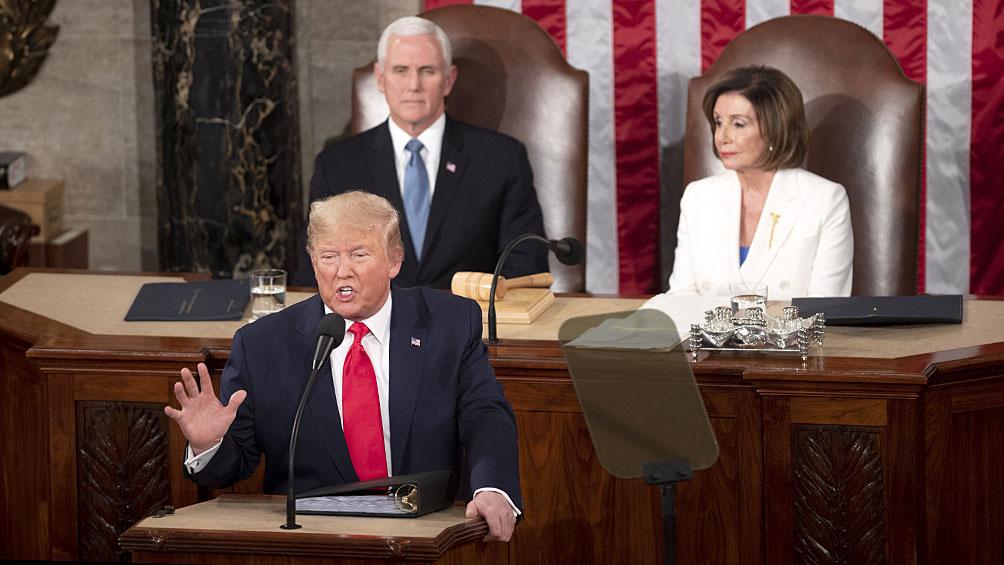 Trump y Pelosi expusieron en público la grieta política en EE.UU.