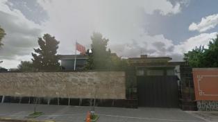 La embajada china descartó síntomas de coronavirus en sus empleados