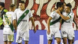 Banfield y Rosario Central igualaron en un emotivo final