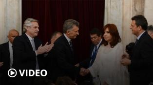 """CFK sobre su gesto a Macri en la asunción: """"Me salió esa cara, no me gusta fingir"""""""