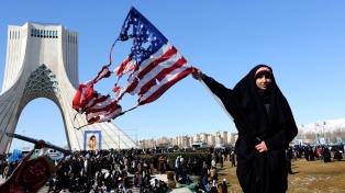Irán celebra su aniversario con actos en todo el país y advertencias para EE.UU.