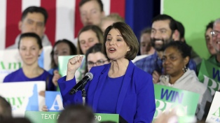 Amy Klobuchar, la sorpresa demócrata surgida de las primarias de New Hampshire