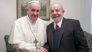 "Francisco a Lula: ""Estoy contento de poder verlo caminando por la calle"""