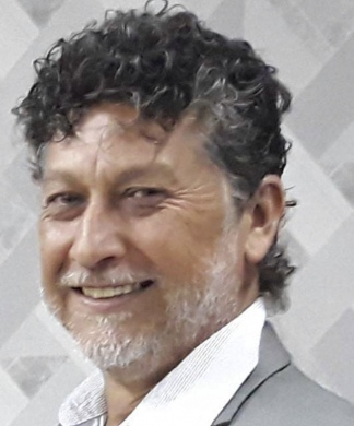 "periodista Lourenco ""Leo"" Veras"