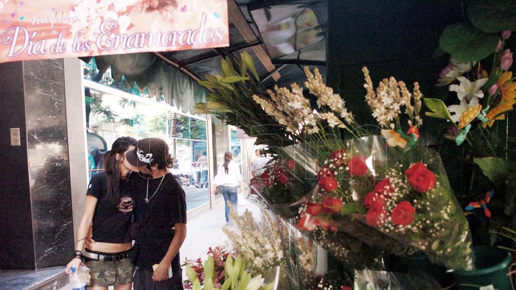 Con variadas propuestas se celebra el Día de los Enamorados