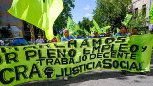 Mar del Plata: trabajadores de la Uocra protestaron frente a la municipalidad