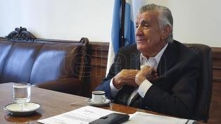 Gioja convocó a todos los sectores del peronismo a participar de las elecciones