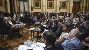 Aprueban en comisión los pliegos de 12 embajadores