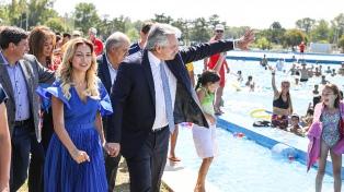 """Fernández afirmó que """"no sobra nadie en Argentina"""" y reivindicó a trabajadores de economía popular"""