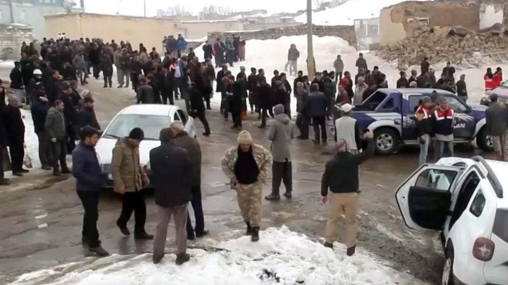 Al menos nueve muertos en Turquía por un terremoto con epicentro en Irán