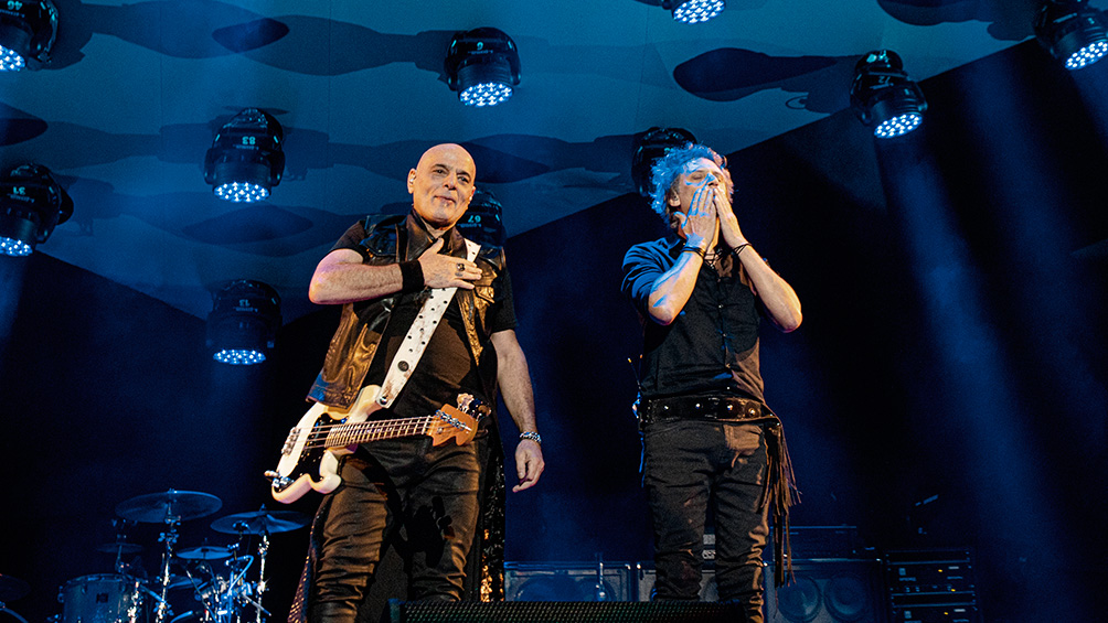 Zeta y Charly Alberti pusieron en marcha la gira homenaje a Soda Stereo