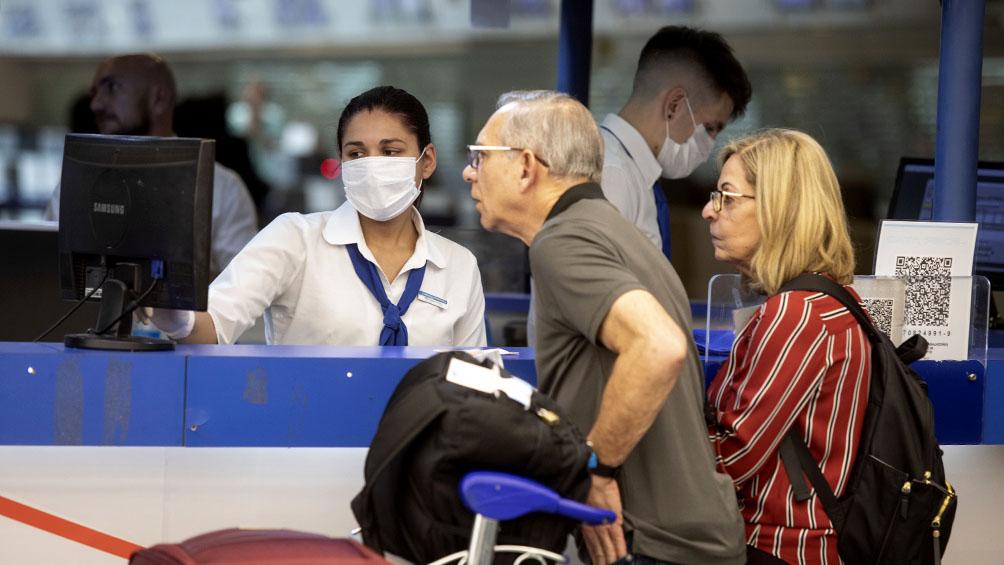 Se activó el protocolo por un pasajero que llegó en un vuelo de Air France