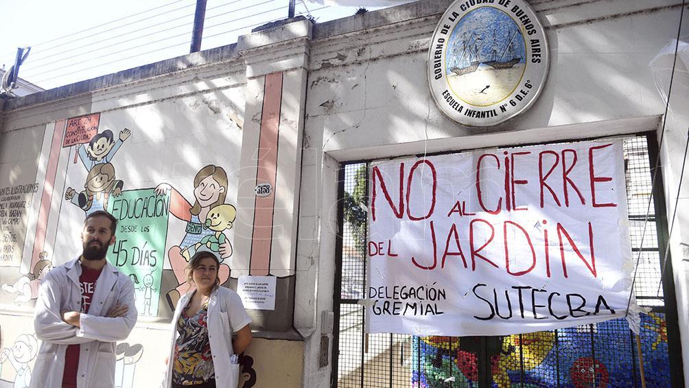 Tras ordenar apertura de la vieja sede, el juez recorrerá el nuevo Jardín del Ramos Mejía