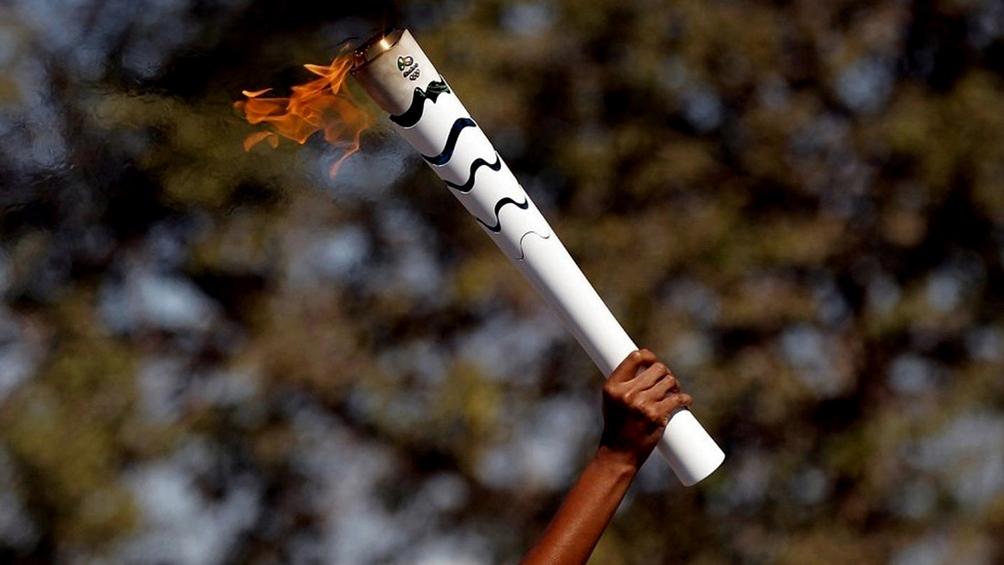 La llama olímpica se trasladará de Grecia a Japón para iniciar su recorrido