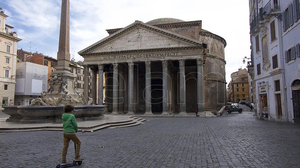 Roma bloqueada: parques cerrados y transporte hasta las 21