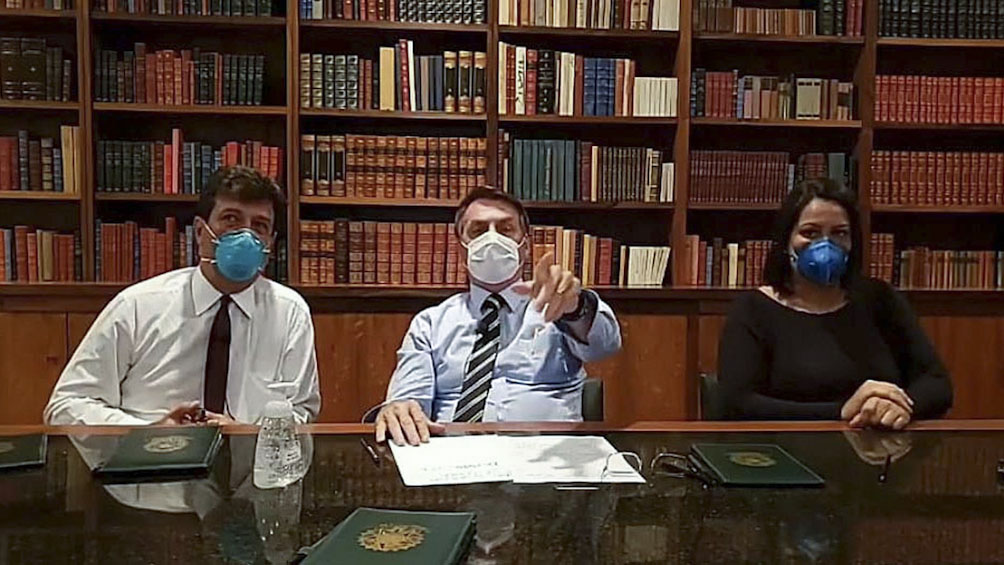 Bolsonaro informó que le dio negativo la prueba de coronavirus
