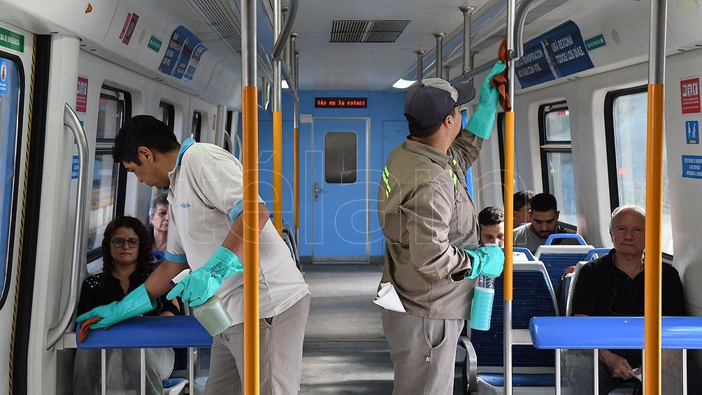 Las medidas para evitar el contagio de coronavirus en trenes y subtes