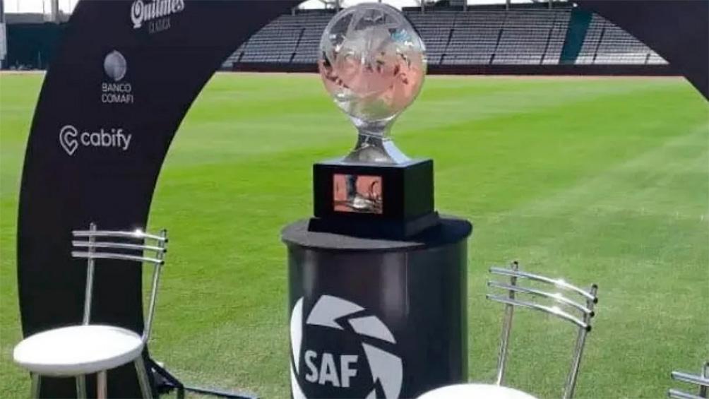 La dirigencia de los clubes se reunirá mañana para analizar la continuidad o no del fútbol