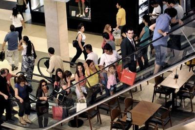 Hoy cierran los shoppings y los supermercados por el d a for Ultimas noticias del espectaculo de hoy