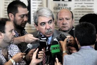 """Aníbal Fernández: """"Recalde tiene que apostar a la elección general"""""""
