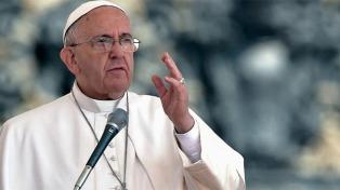 """Francisco pidió que los gobiernos combatan """"la plaga"""" de la trata de personas"""