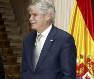 El ministro de Exteriores español viaja a La Habana para preparar la visita del rey o Rajoy