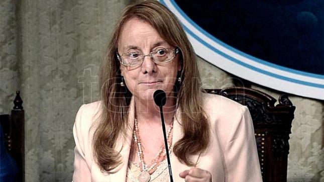 Alicia Kirchner pasó más de 15 horas encerrada por una protesta