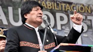 """Evo Morales defendió a los """"originarios"""" frente a los """"contemporáneos"""""""