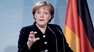 Merkel se mantiene cómoda en primer lugar según una nueva encuesta preelectoral
