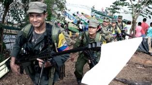 La reinserción de las FARC a la vida civil podría retrasarse, según un funcionario