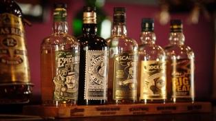 Fabricantes de bebidas alcohólicas piden igual tratamiento impositivo que el vino