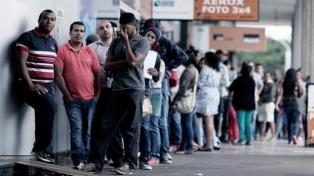 El desempleo subió en marzo y afectó a 13,7 millones de personas