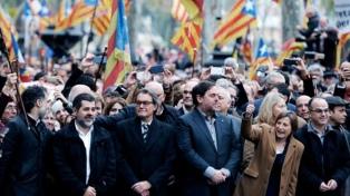 Independentistas acuerdan ungir presidente catalán a Puigdemont pero hay dudas sobre el proceso