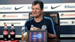 """""""San Lorenzo no juega mal, se adapta a la necesidad del partido"""""""