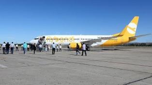 Flybondi realizó con éxito su segundo vuelo de prueba