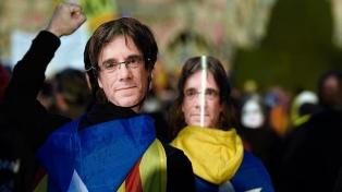 Los independentistas prolongan las dudas sobre la investidura de Puigdemont
