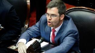 Massot estimó que Macri no vetaría una ley a favor de la despenalización del aborto