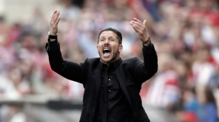 Atlético de Madrid empató con Arsenal por la Europe League