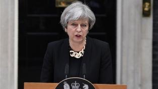 """May dijo que el Brexit es una """"oportunidad"""" para unir a las cuatro regiones británicas"""