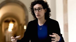 Otra dirigente independentista huye de España y no declara ante el Supremo