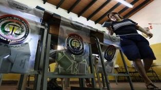 Con el 95% escrutado, los colorados acarician la presidencia y la mayoría de las gobernaciones