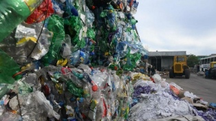 ¿Quiénes son los intendentes procesados por la causa de los residuos?