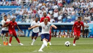 Inglaterra pasó a octavos con un contundente 6 a 1