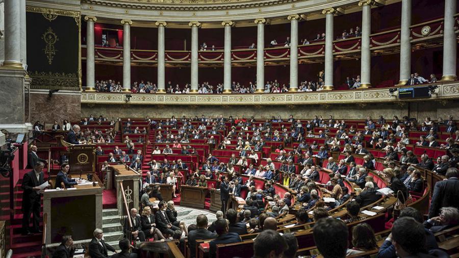 Comenzó la batalla legislativa por la reforma previsional de Macron