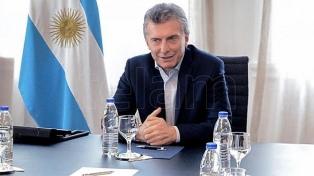 Macri recibió a Sica y Peña almorzó con los ministros del Gabinete