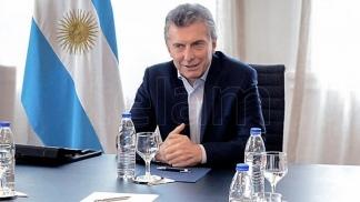 Macri visita un comedor y recibe en Olivos al gobernador de Corrientes